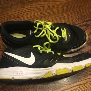 Nike Shoes - Nikes size 8